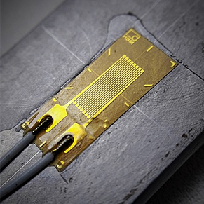 example of a strain gauge
